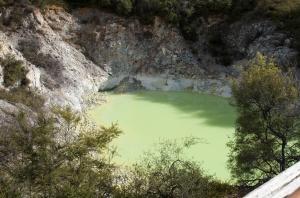 Beautiful yellow pools- thank you sulfur!